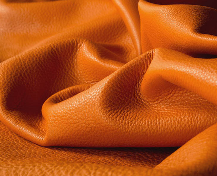 detail of pelle frau nest leather by poltrona frau
