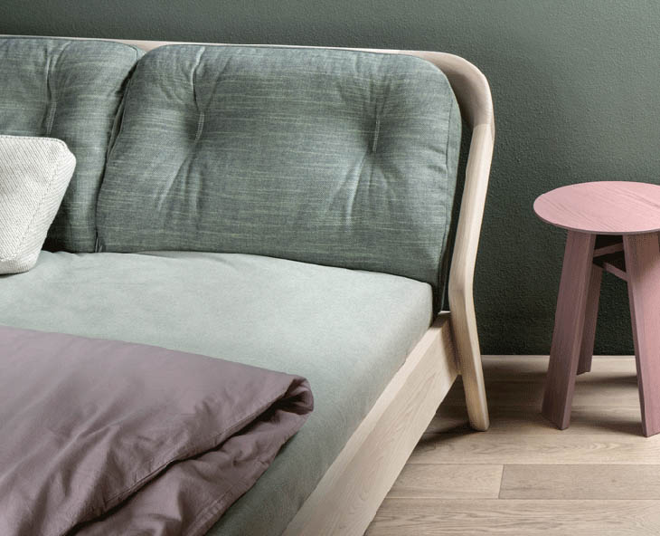 zeitraum friday night bed with green and mauve bedding