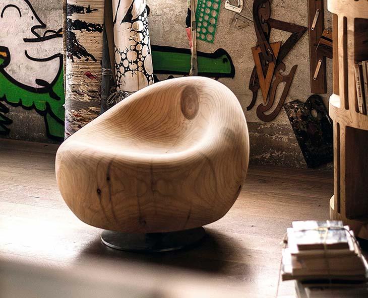 riva 1920 maui armchair in artist's studio