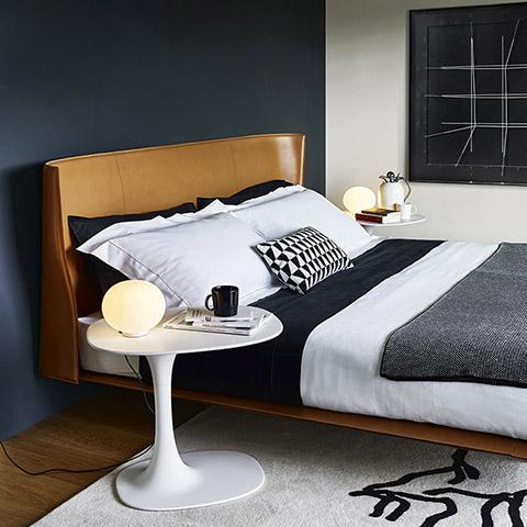 modern bedroom featuring b&b italia awa table
