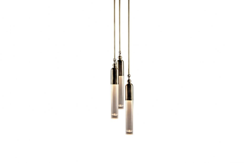 apparatus tassel pendant light staggered 3 on a white background