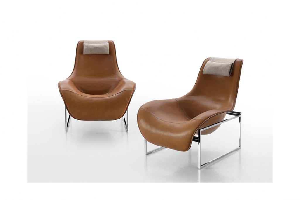 two b&b italia mart recliners on a white background