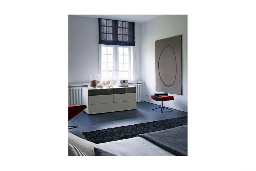 modern bedroom b&b italia metropolitan ottoman