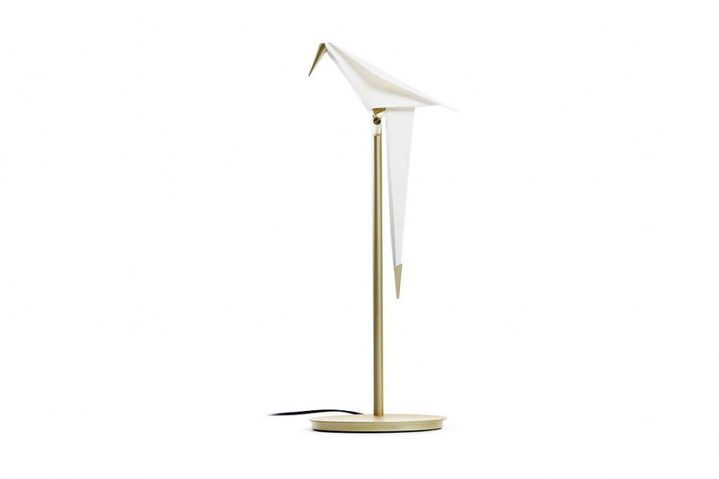 moooi perch light table lamp on a white background
