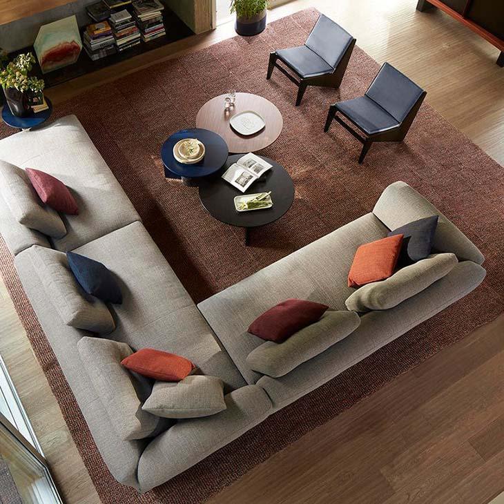 bird's eye view of a modern living room featuring cassina sengu sofa