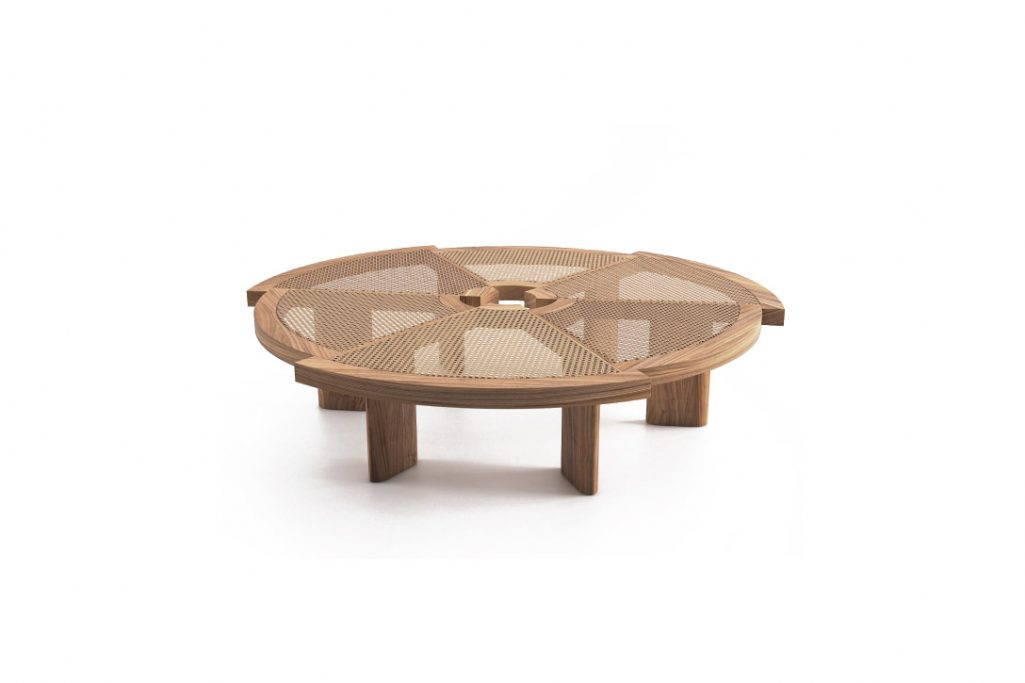 cassina rio table natural oak and vienna straw cane