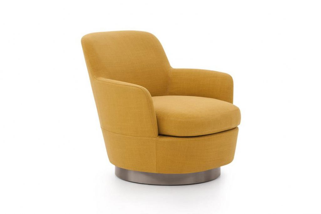minotti jacques high armchair on a white background