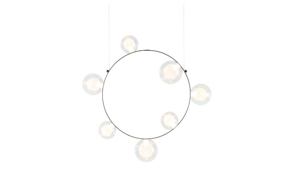 moooi hubble bubble pendant light 7 with oil finish on a white background