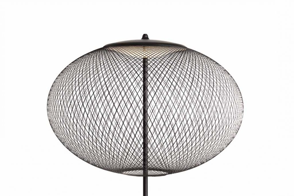 close up of black moooi nr2 floor lamp