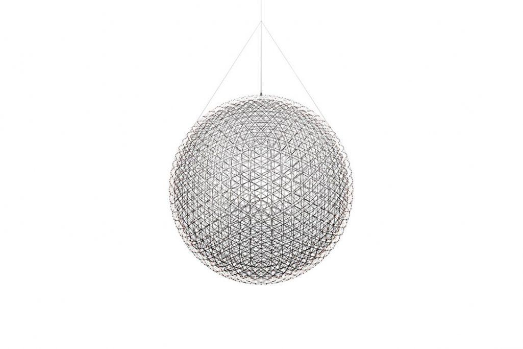 moooi raimond r199 pendant light on a white background
