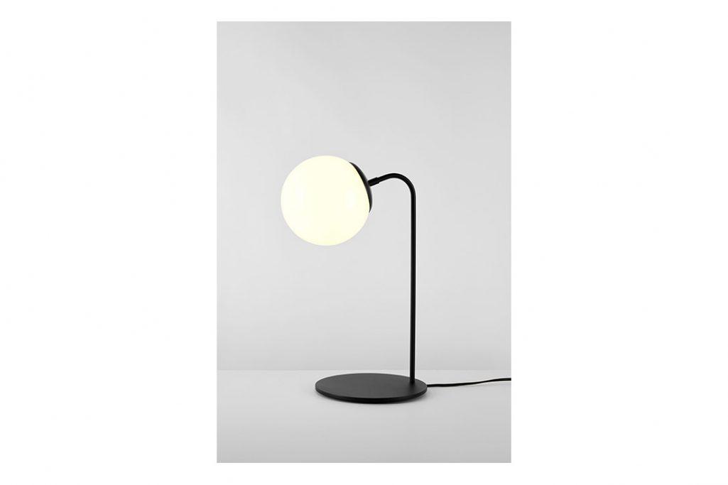roll & hill modo desk lamp black cream glass