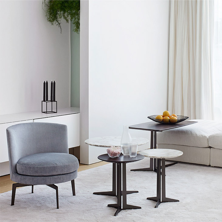 four flexform fly side tables in situ