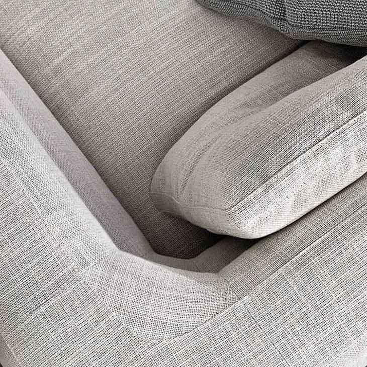 close up of curve on minotti alexander sofa