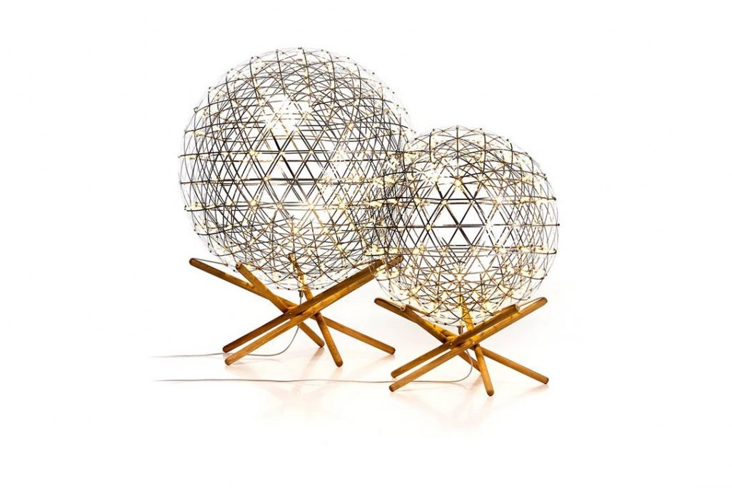 moooi raimond tensegrity floor lamp r89 and r61 on a white background