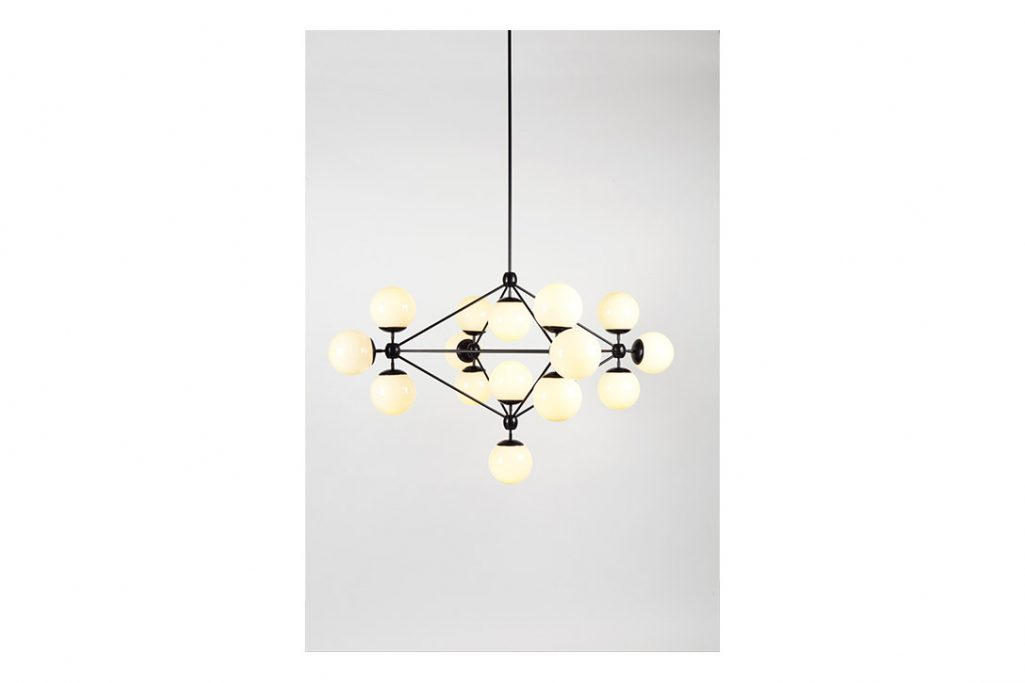 roll and hill modo chandelier 4-sided black and clear