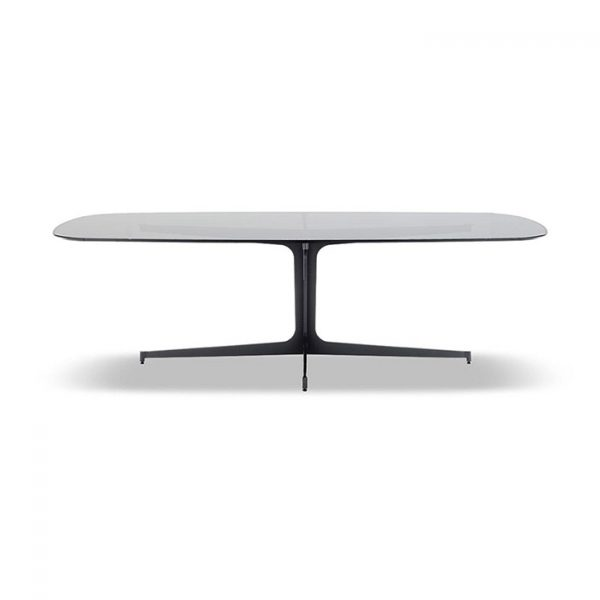 minotti clyfford coffee table on a white background