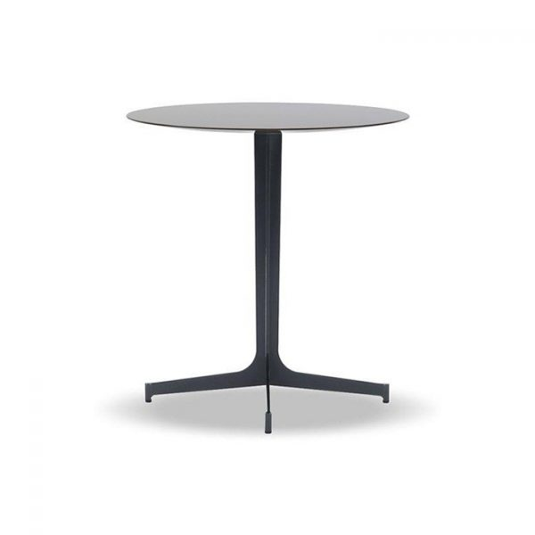 minotti clyfford side table on a white background