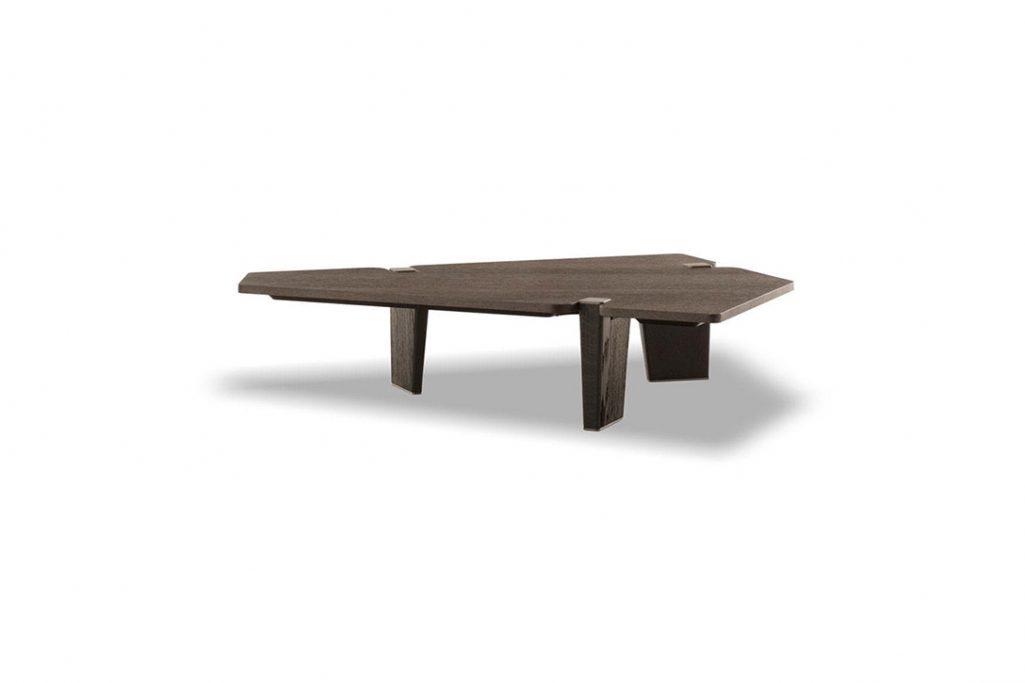 minotti jacob coffee table on a white background