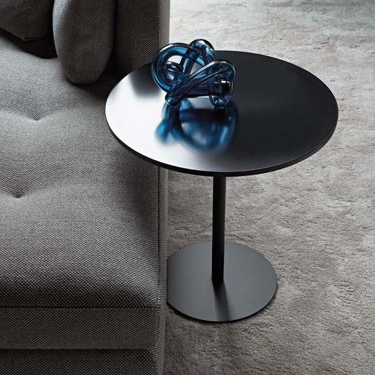 minotti bellagio side table in situ