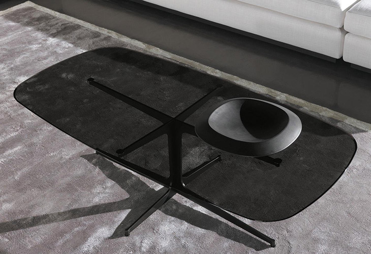 modern living room featuring minotti clyfford coffee table