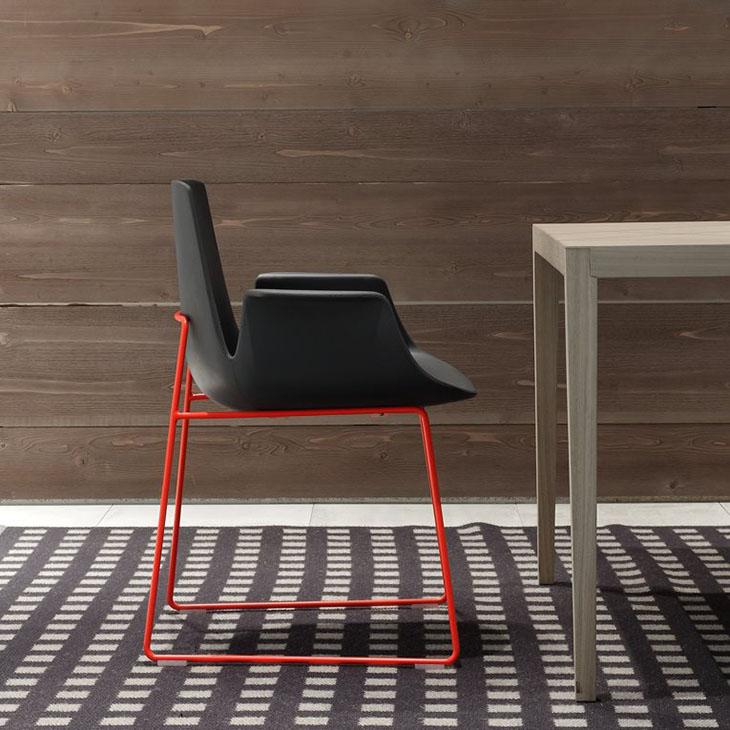 poliform ventura dining arm chair in situ