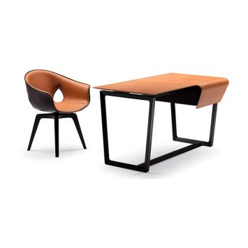 poltrona frau fred desk and ginger chair