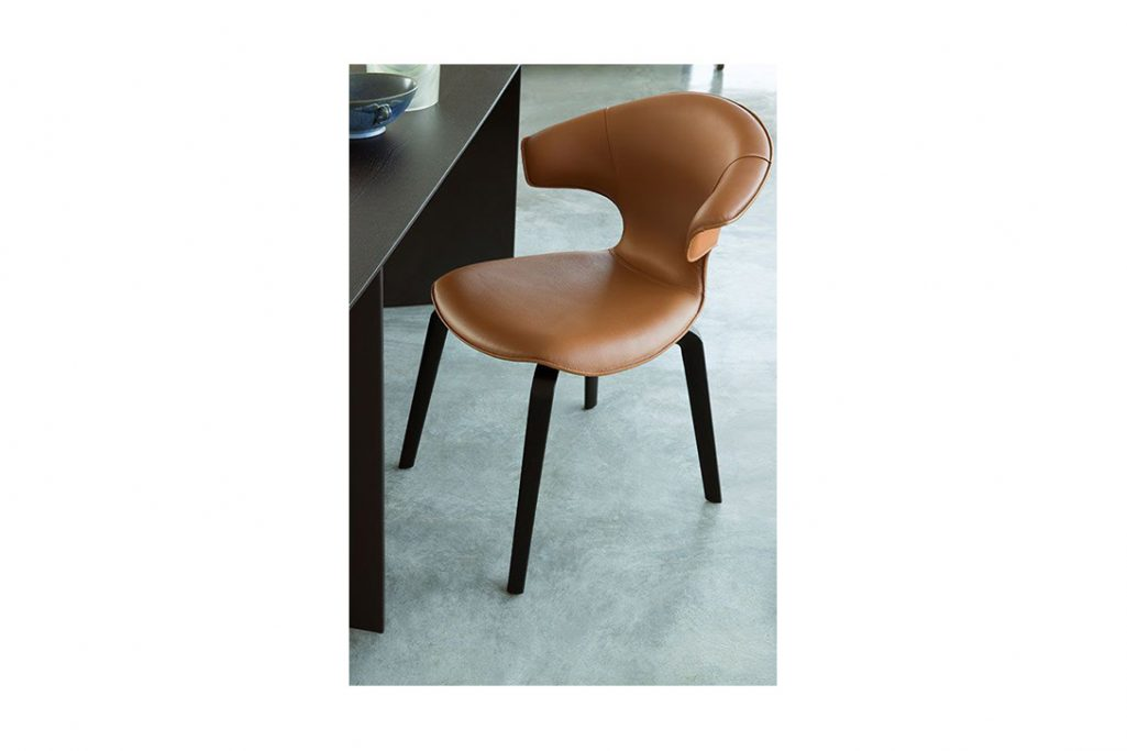 poltrona frau montera dining chair in situ