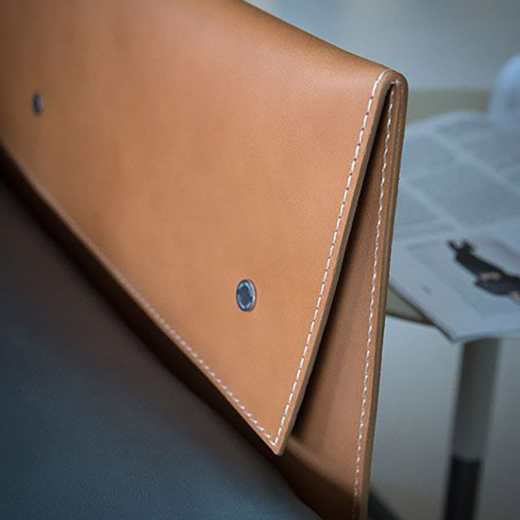 arm detail poltrona frau grantorino sofa in situ