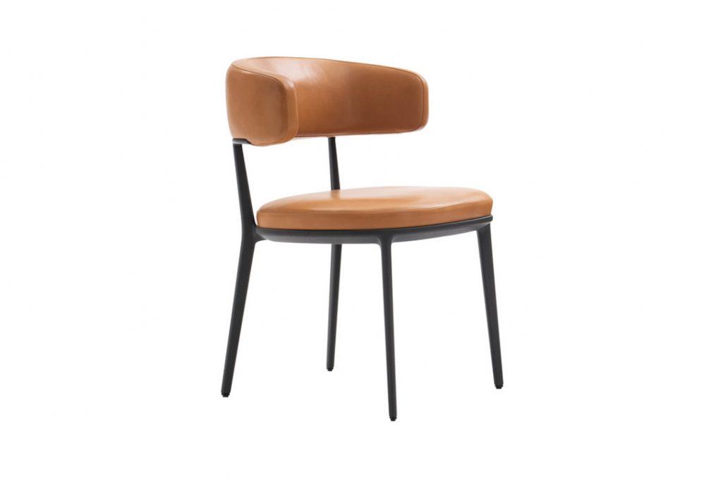 maxalto caratos chair on white background