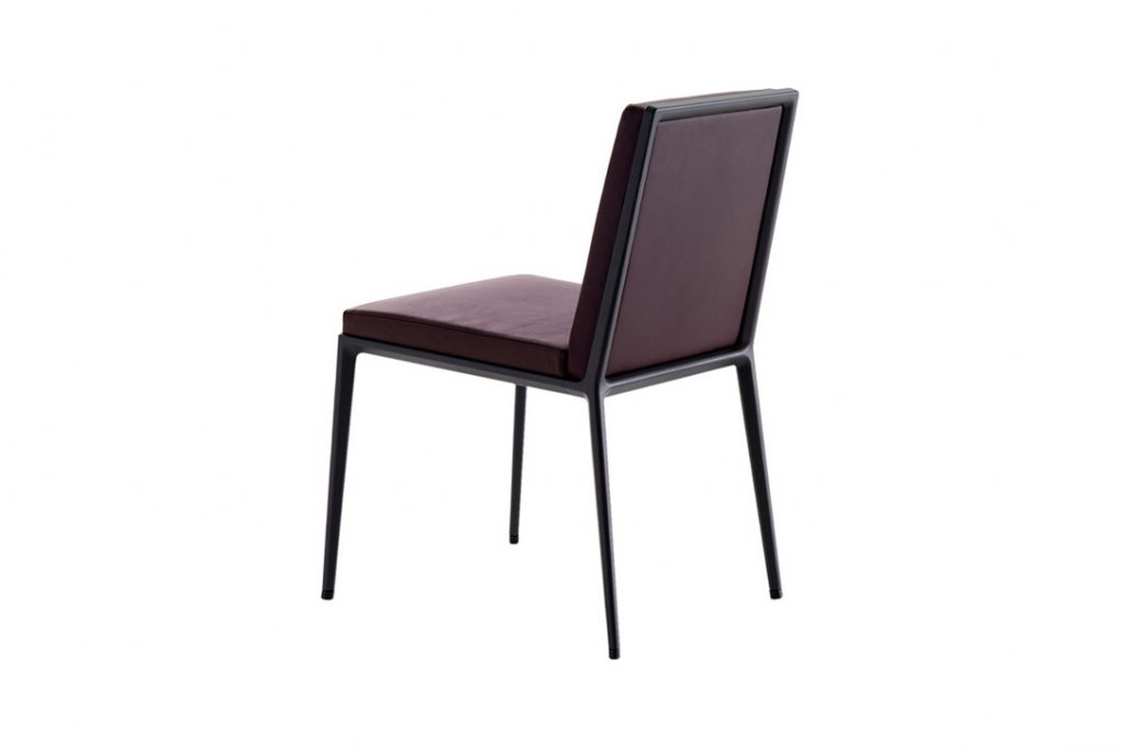 maxalto caratos dining chair on a white background